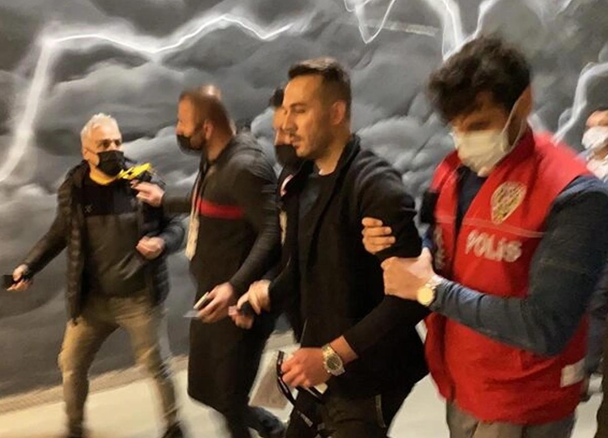 Beşiktaş maçı sonrası gerilim tırmandı! Rachid Ghezzal'ın menajeri gözaltına alındı