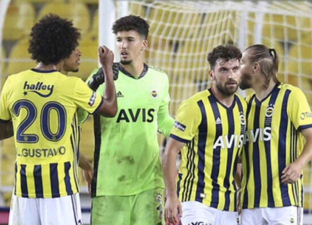 Fenerbahçe'de Altay Bayındır'dan güzel haber! Takımla birlikte çalışmalara başladı...