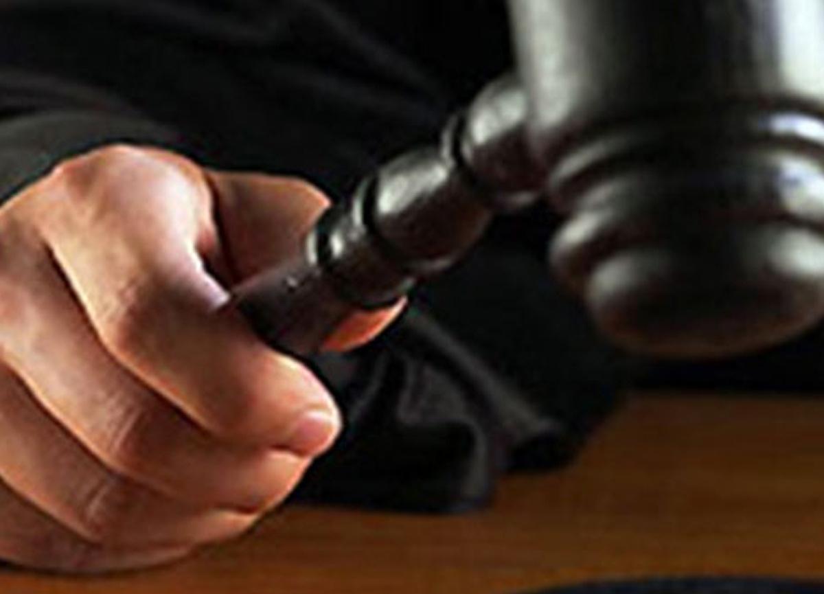 Eşinin maaşına el koyan kocaya Yargıtay'dan kötü haber