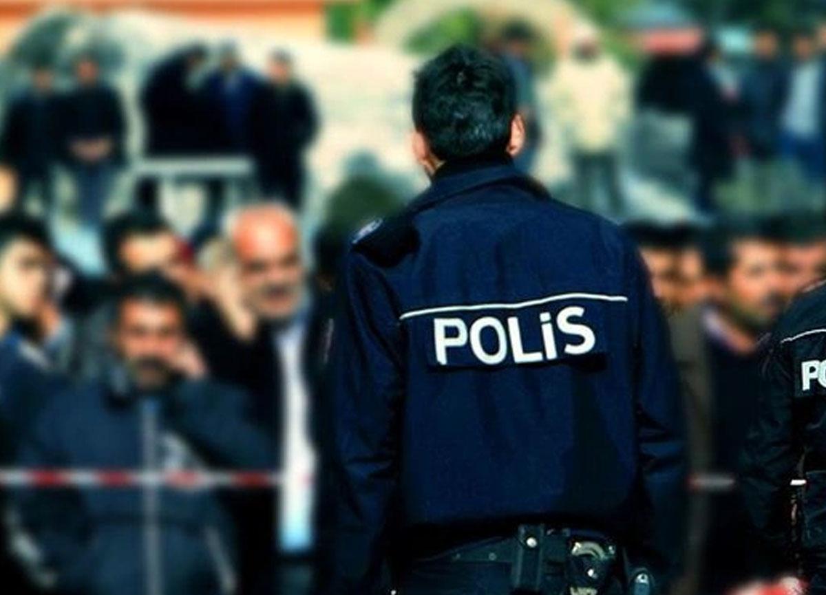 Hakkari'de gösteri yürüyüşü ve grevler 15 gün askıya alındı