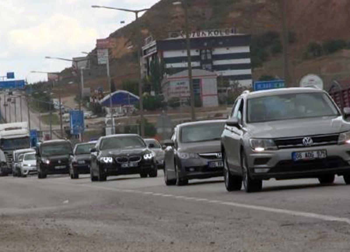 43 ilin geçiş noktası Kırıkkale'de, araç yoğunluğu