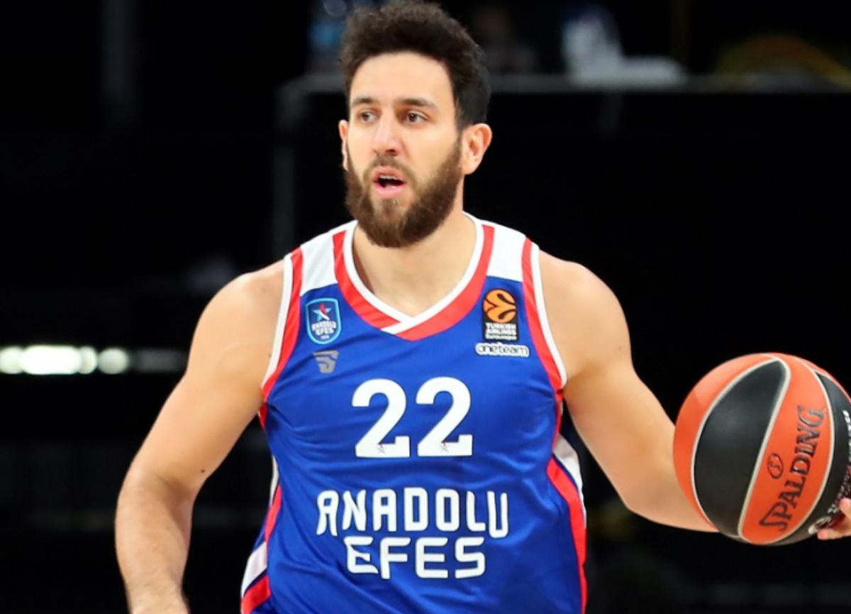 Anadolu Efesli Micic sezonun en iyi 5'ine girdi