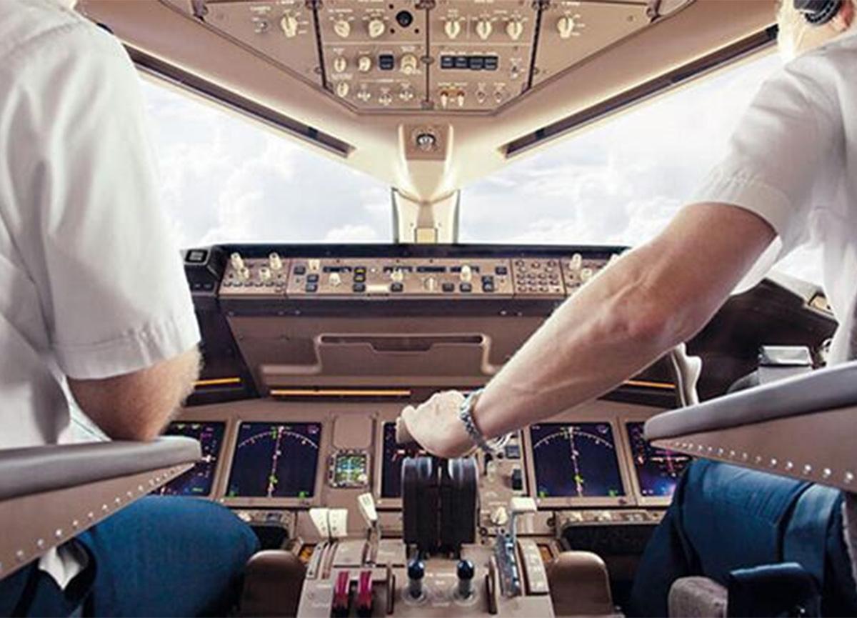Tüm dünya şokta! Pilot, havada 40 dakika boyunca uyudu!