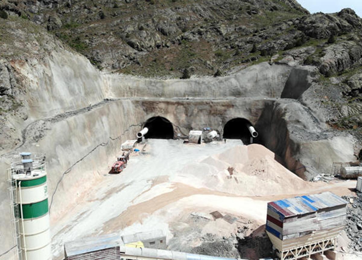 İki bölgeyi birbirine bağlayacak Vauk Tüneli'nde son durum!