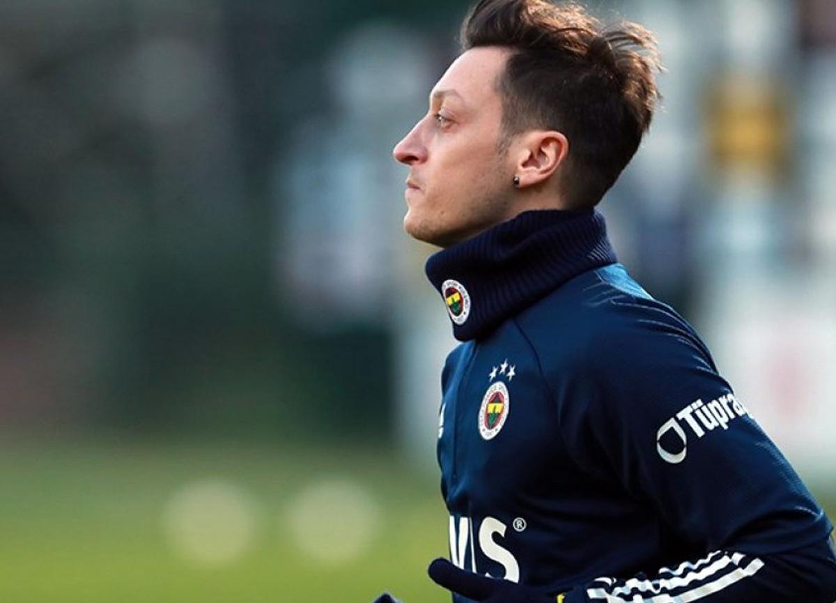 Mesut Özil yeni sezon için umut aşıladı: Seneye farklı bir Fenerbahçe olacak