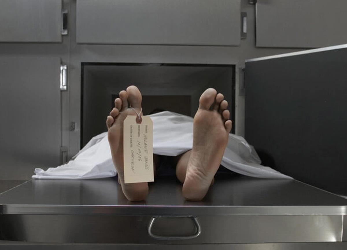 Akılalmaz olay: Öldü denilen adam cenazeden bir hafta sonra evine geldi
