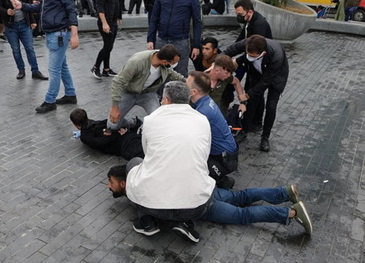 Taksim Meydanı'nda kemerli kavga!