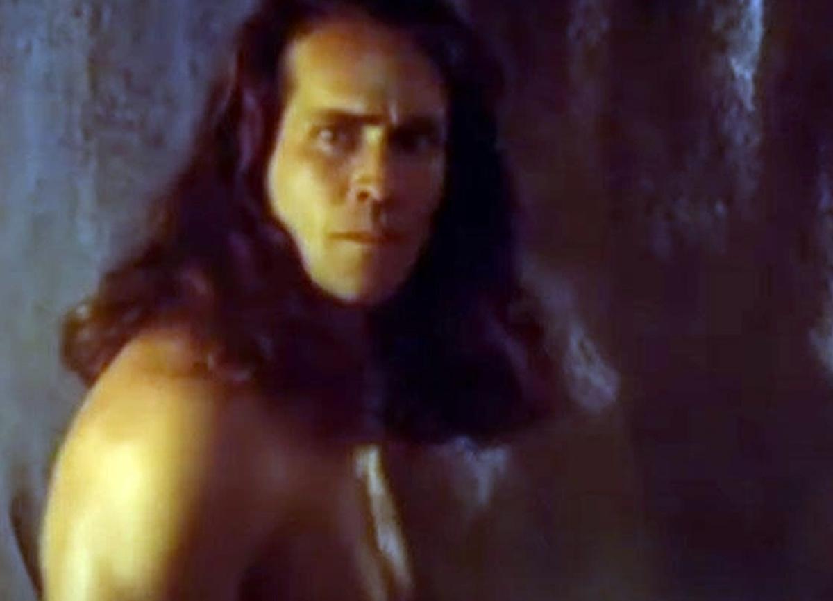 Tarzan rolüyle şöhreti yakalayan ABD'li oyuncu Joe Lara uçak kazasında öldü