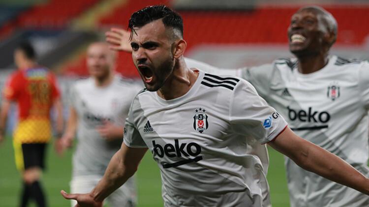Beşiktaş'tan Ghezzal formülü! Leicester City'e sürpriz teklif