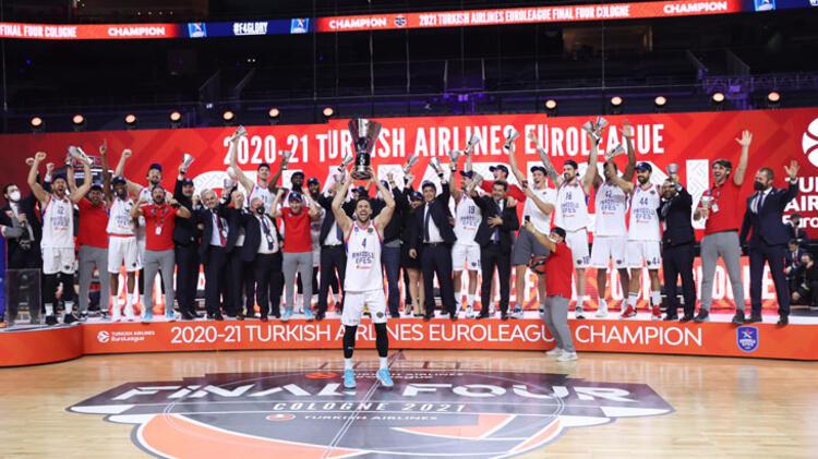 Euroleague şampiyonu Anadolu Efes'in otelinde gerginlik! Ergin Ataman çılgına döndü