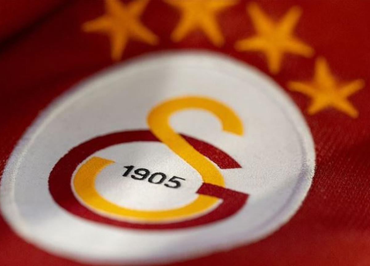 Galatasaray'da Ümit Davala takıma veda etti