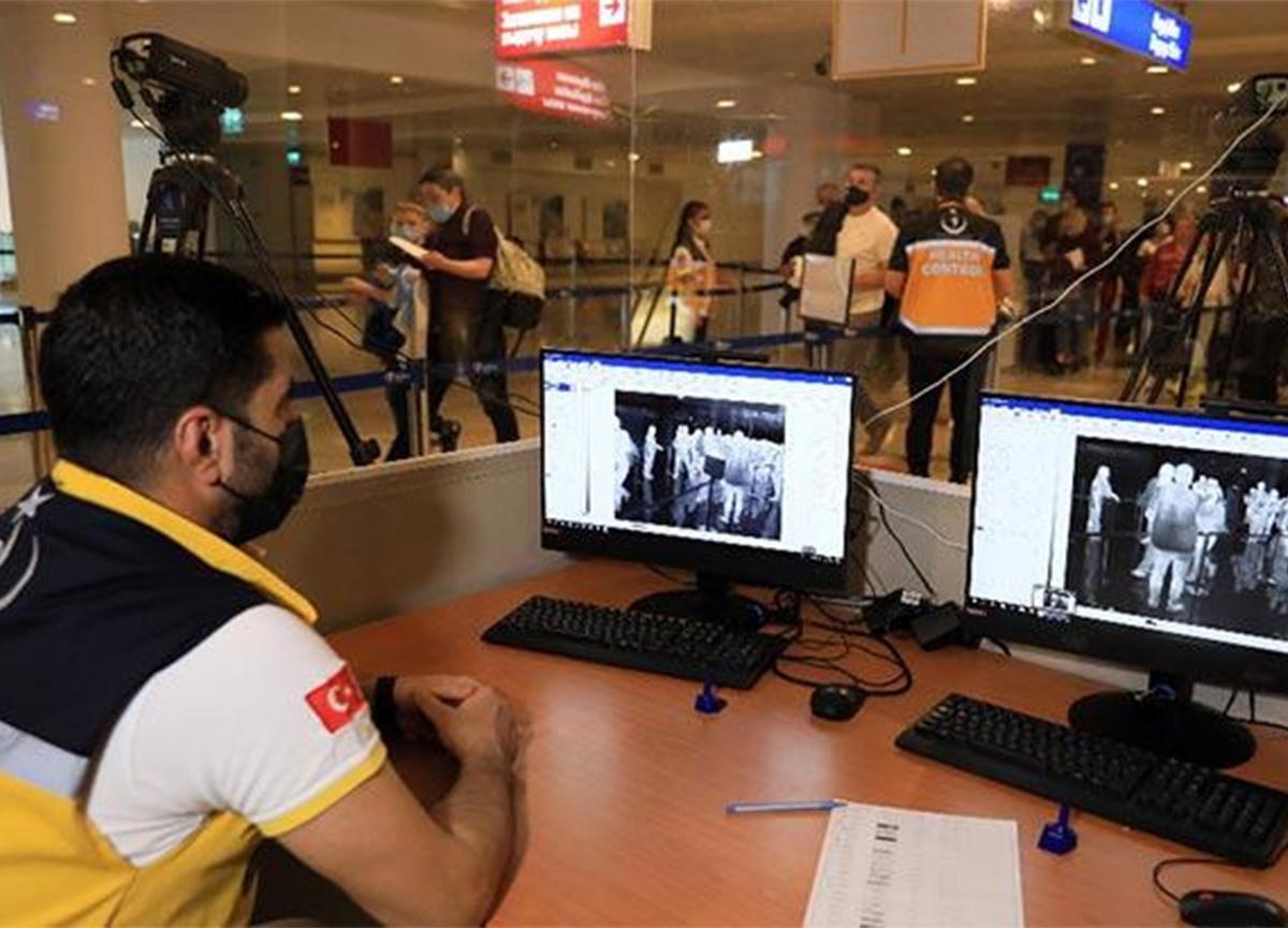 Türkiye'ye yapılacak yurt dışı uçuş seferlerinde PCR testi zorunlu oldu!