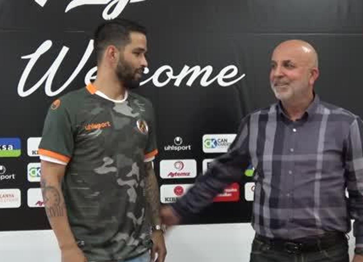 Aytemiz Alanyaspor, Candeias 2 yıllık sözleşme imzaladı