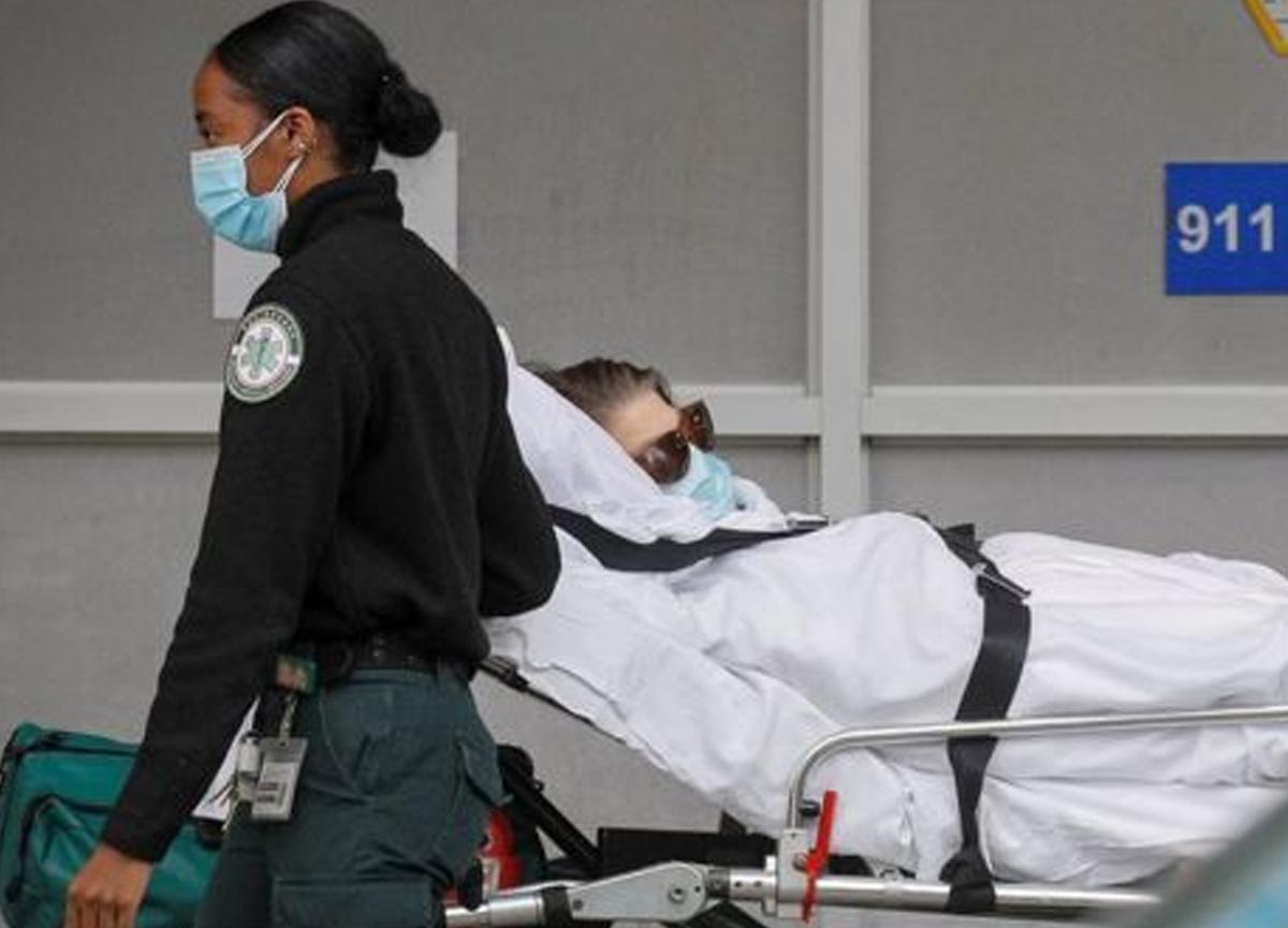 ABD'de 1 günde 607 kişi koronavirüs nedeniyle hayatını kaybetti