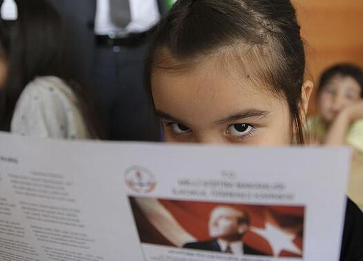 Veliler dikkat: Milli Eğitim Bakanlığı'dan 'öğrenci karneleri' ile ilgili flaş açıklama