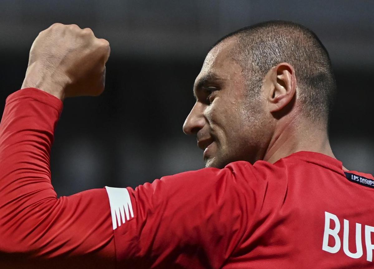 Lille'de sezonun futbolcusu Burak Yılmaz seçildi