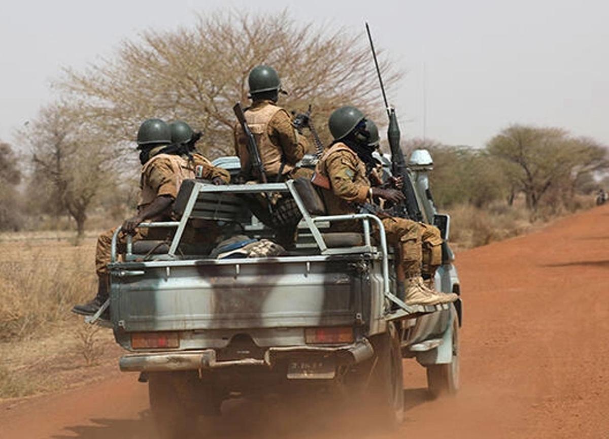 Burkina Faso'da köye silahlı saldırı! En az 100 kişi öldü