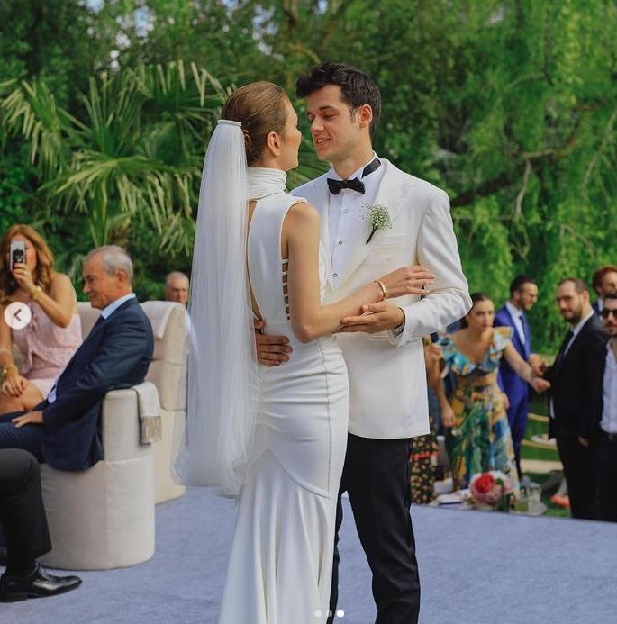 Ünlü YouTuber Orkun Işıtmak ile Merve Yorgancılar evlendi
