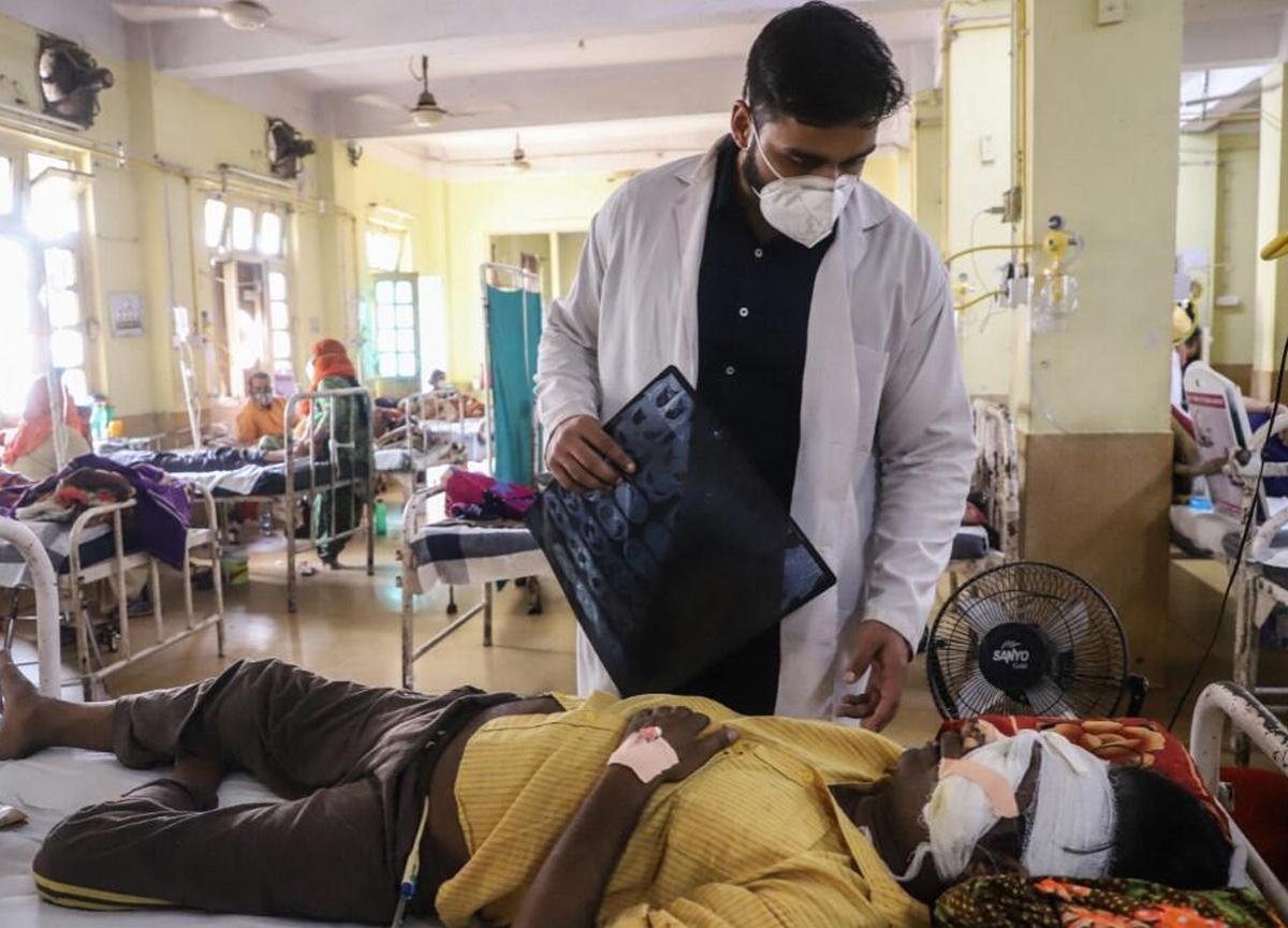 O ülkede sağlık krizi! 3 bin doktor istifa etti