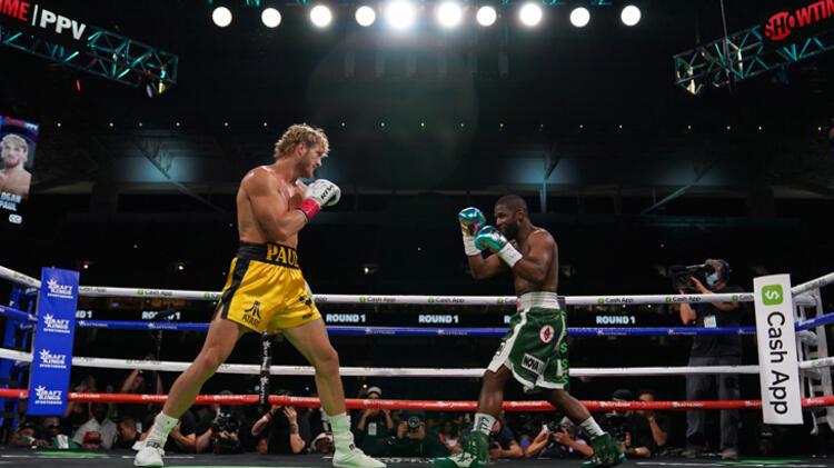 Efsane boksör Floyd Mayweather, YouTuber Logan Paul'la karşılaştı! Floyd'u şaşırtan sonuç