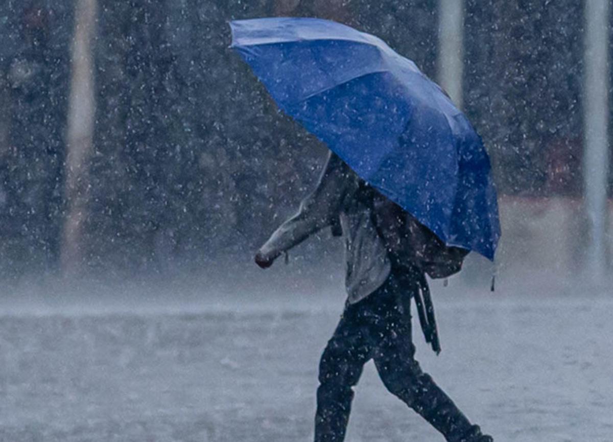Meteoroloji çok sayıda kent için sağanak yağış uyarısında bulundu