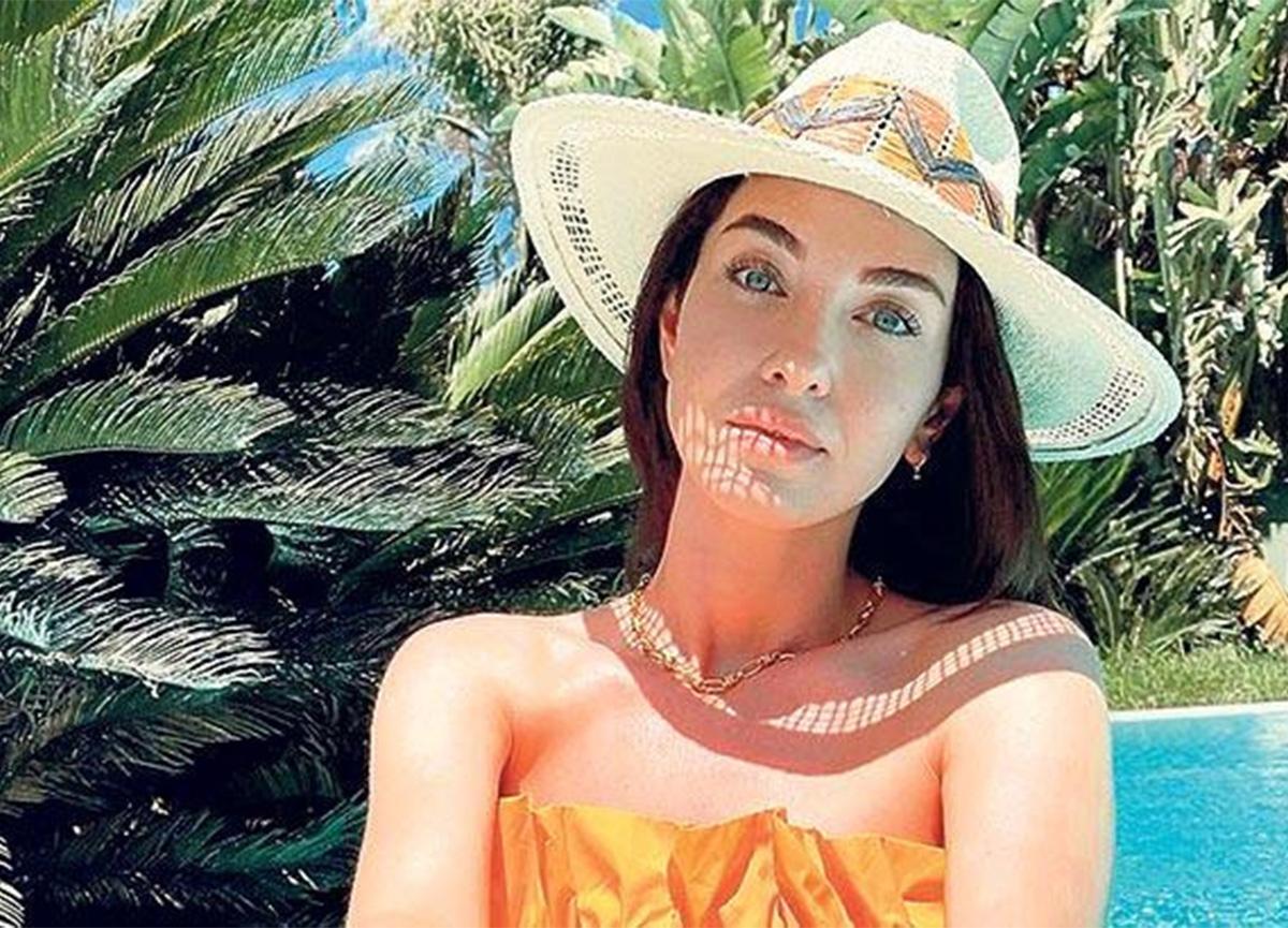 Aslıhan Güner'in tatil pozu sosyal medyayı salladı