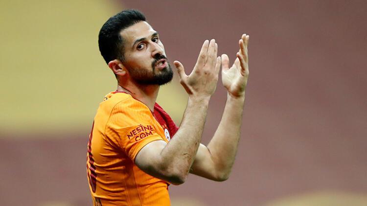 Galatasaray ile sözleşmesi sona eren Emre Akbaba'ya sürpriz teklif! Yeni adresi...