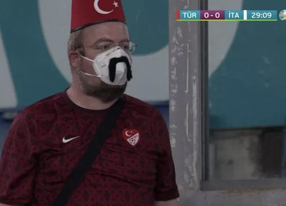 Türkiye-İtalya maçına damga vuran kare: Tüm dünya onu konuştu