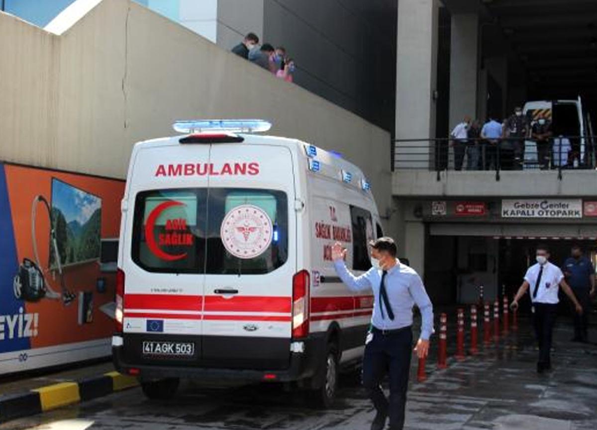 AVM'nin terasından atlayan genç kız ağır yaralandı