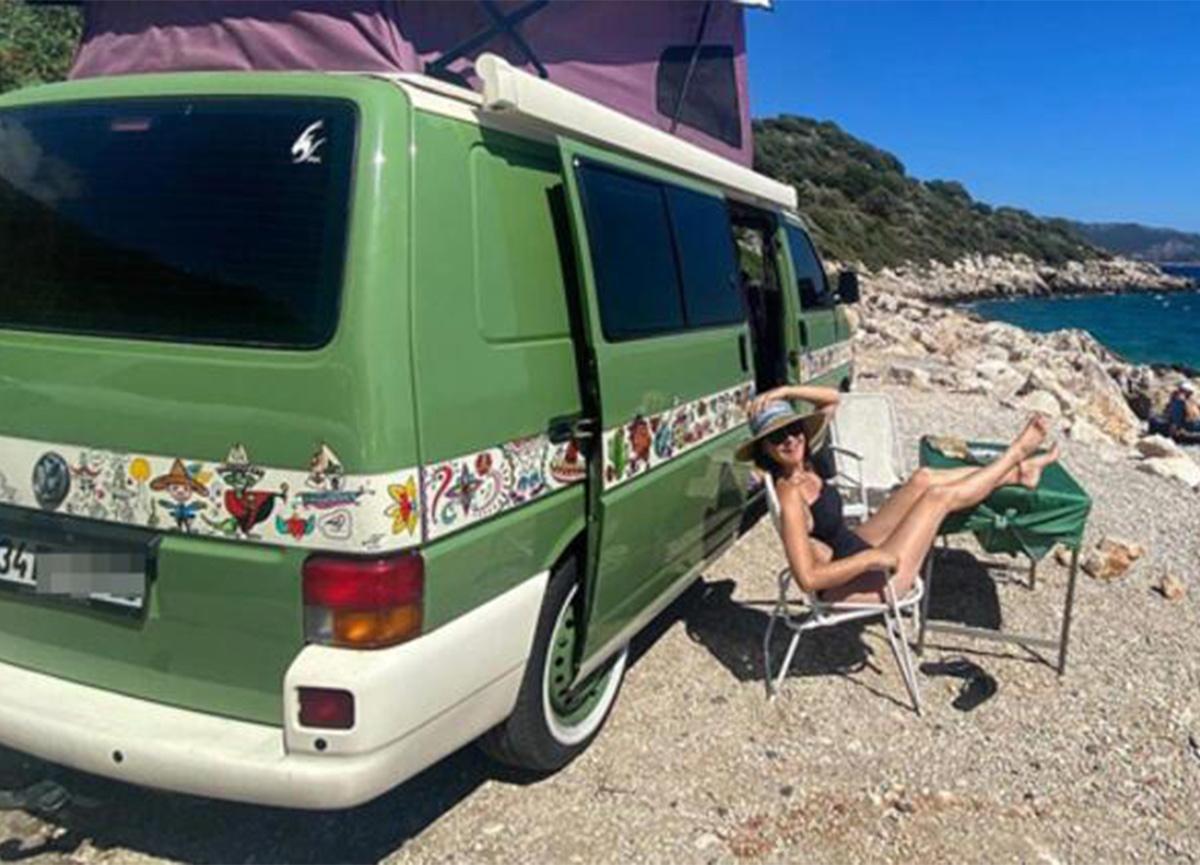 Şevval Sam, karavanı Prenses'le tatilde