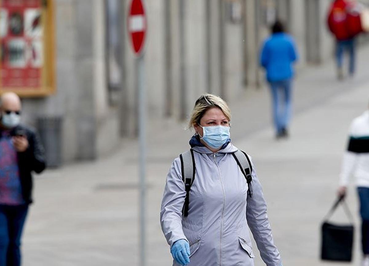 Rus bilim insanları yeni bir koronavirüs varyantı keşfetti
