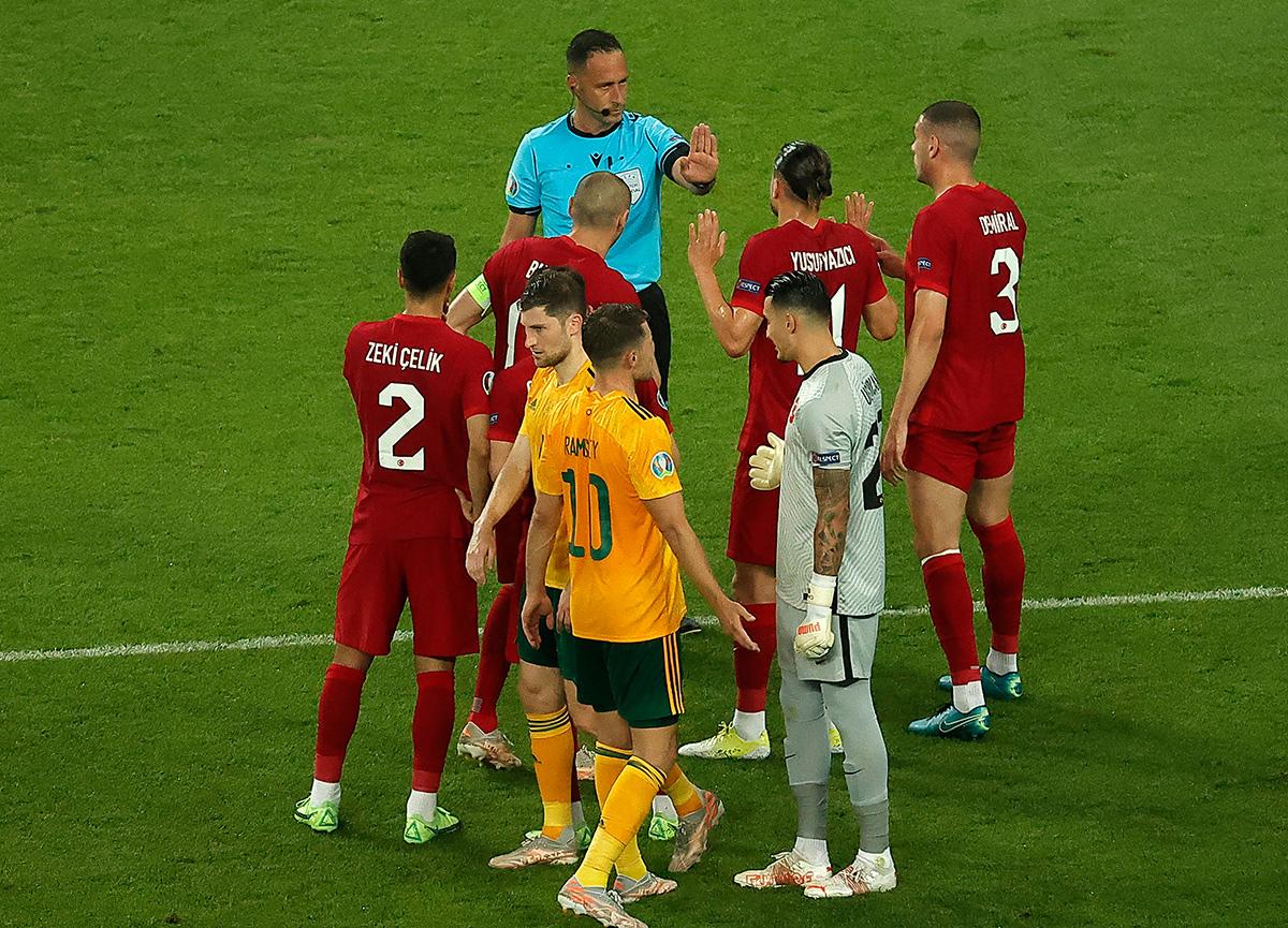 Türkiye Galler'e 2-0 mağlup oldu: Bakü'de beklenmedik yenilgi