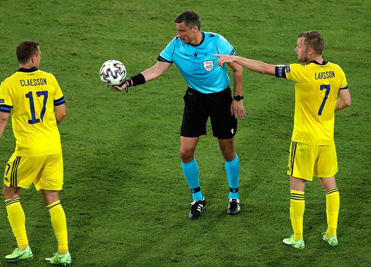 İsviçre - Türkiye maçını Sloven hakem Slavko Vincic yönetecek