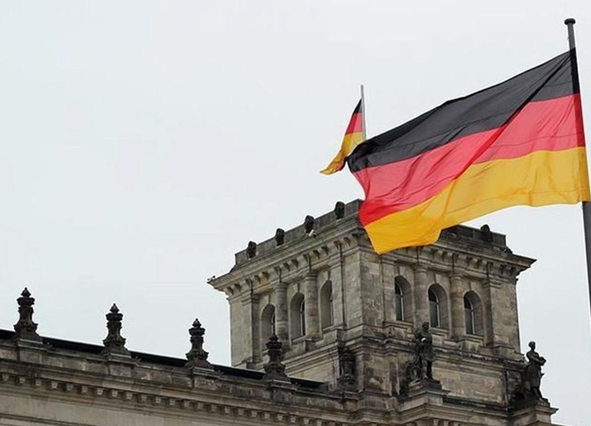 Almanya ordusunda 90 yıl sonra ilk askeri hahambaşı göreve getirildi