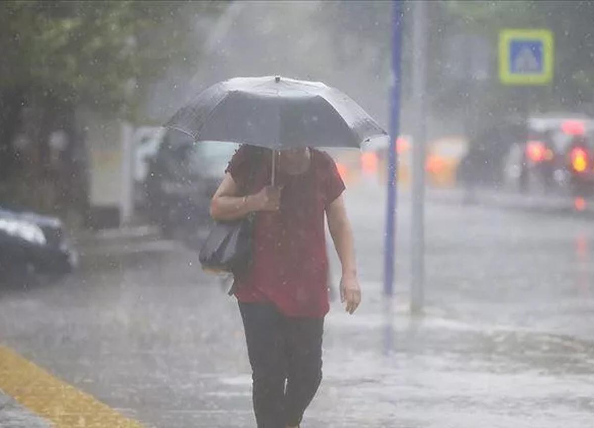 Bu iller dikkat! Meteoroloji'den sağanak yağış uyarısı