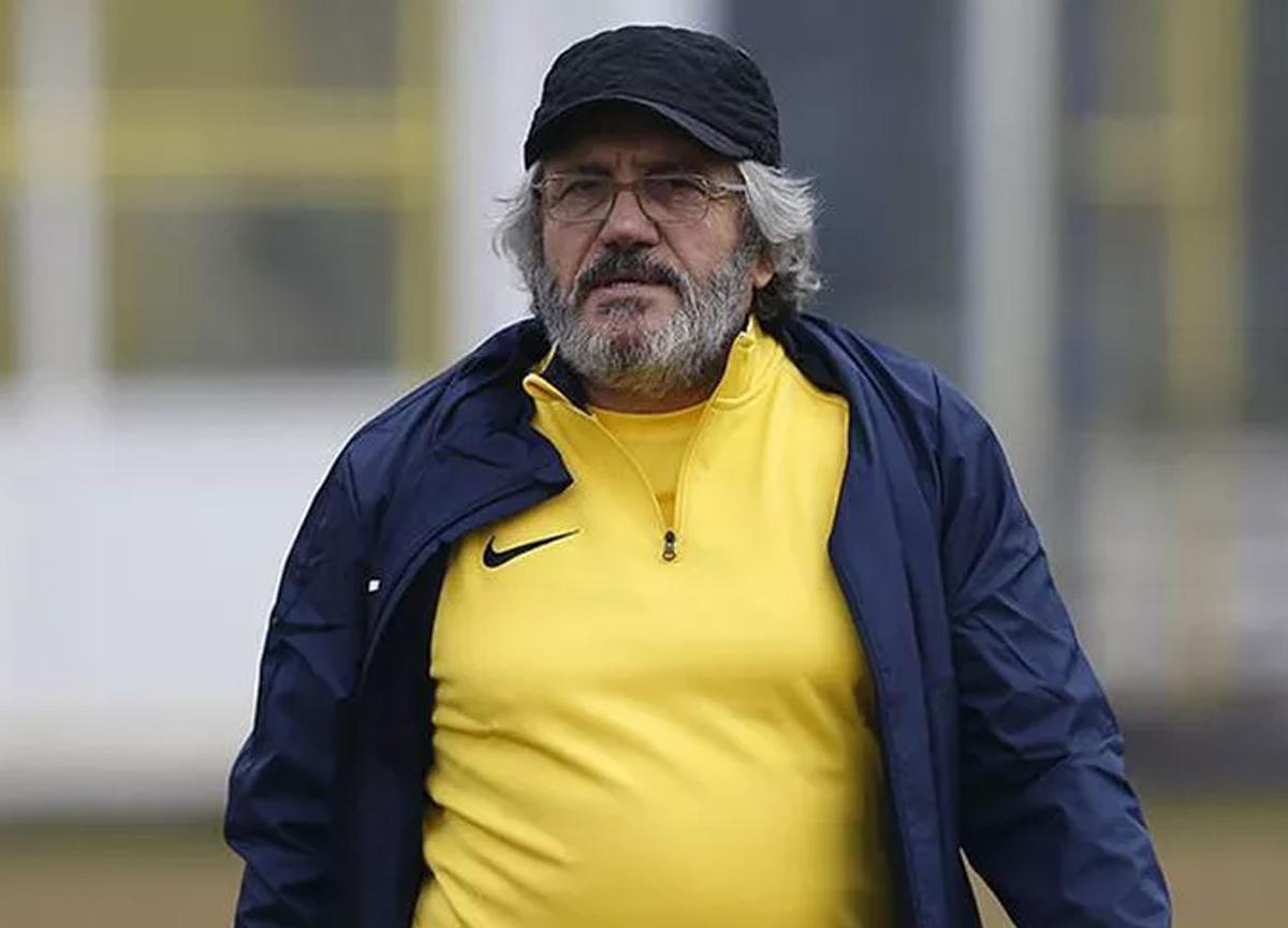 Ünlü teknik direktörden üzücü haber: Mustafa Reşit Akçay entübe edildi