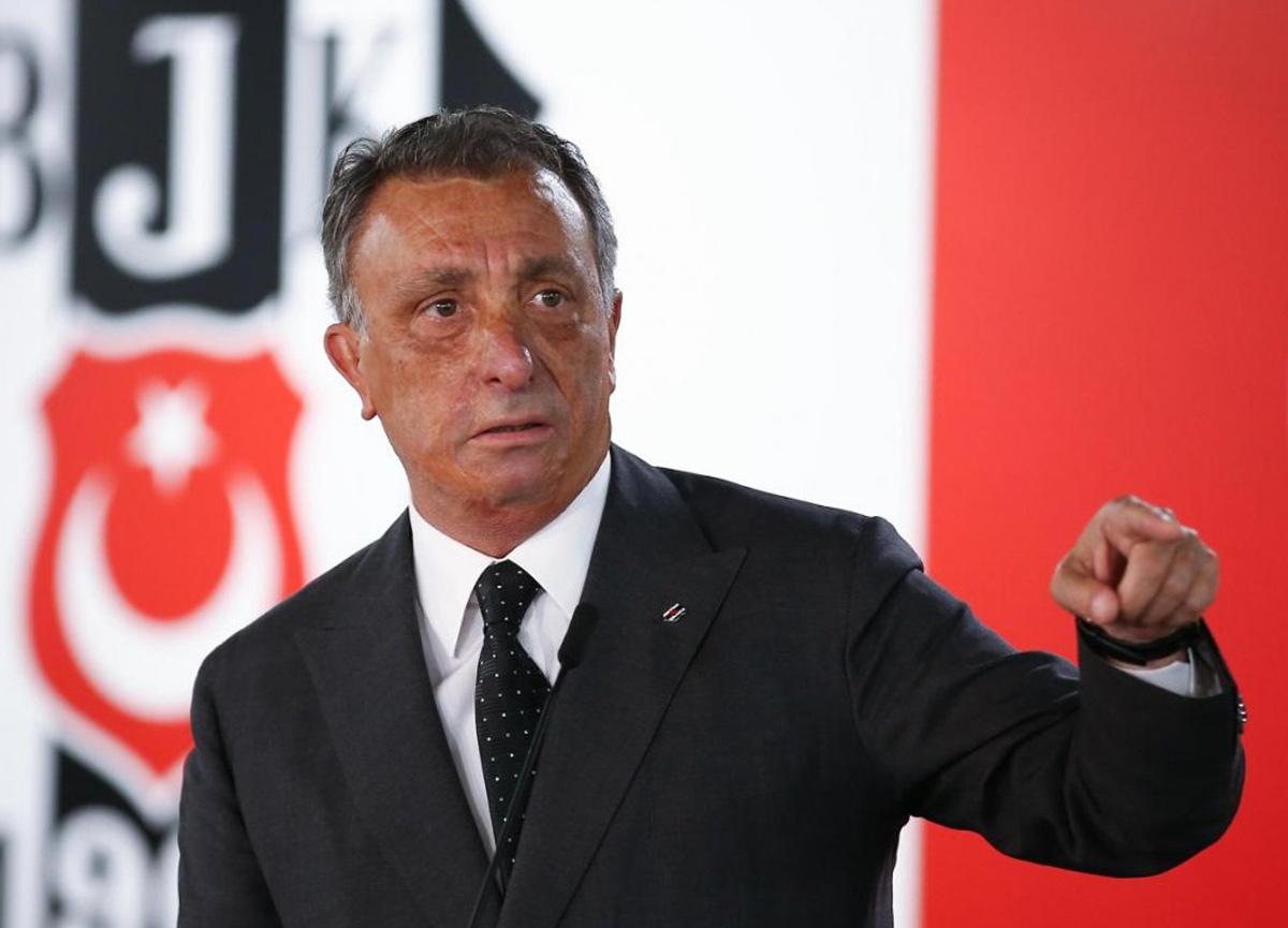Beşiktaş Başkanı Ahmet Nur Çebi, Kulüpler Birliği başkanlığından istifa etti