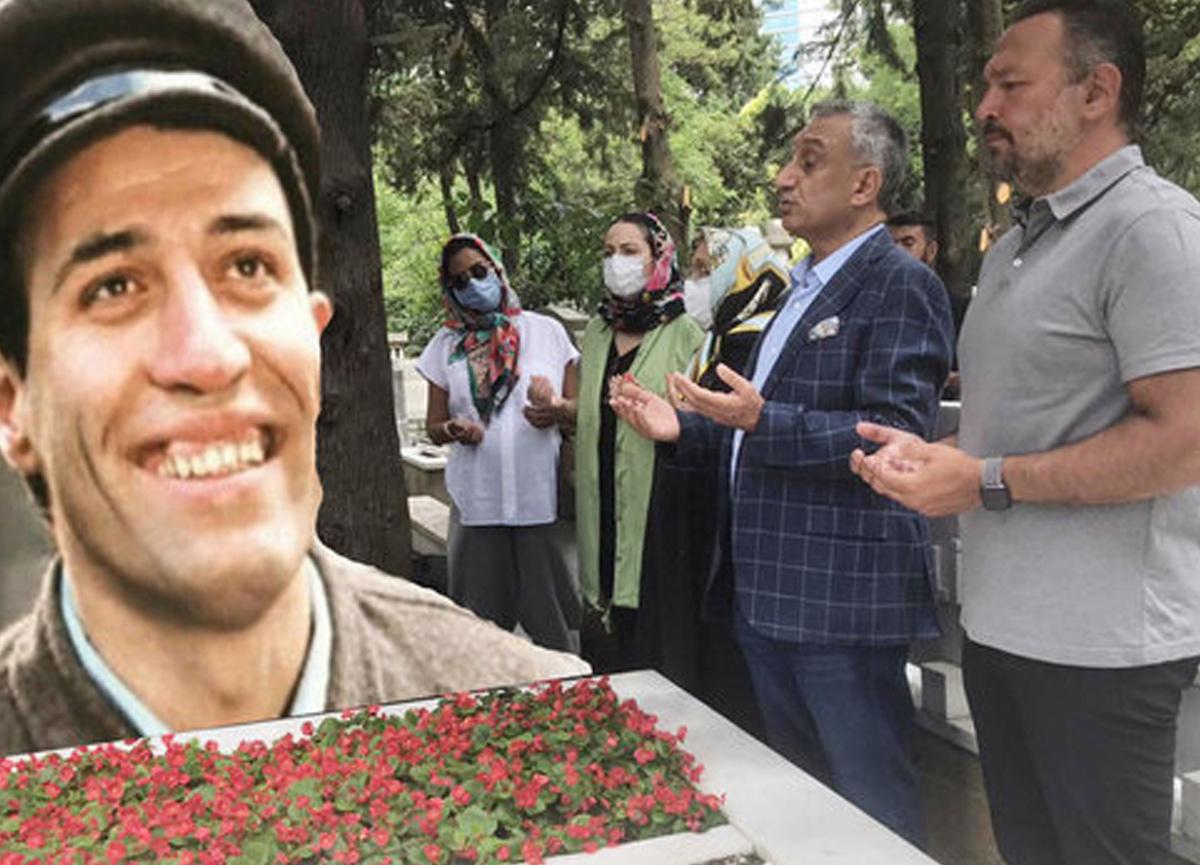 Efsane oyuncu Kemal Sunal, ölümünün 21. yılında mezarı başında anıldı