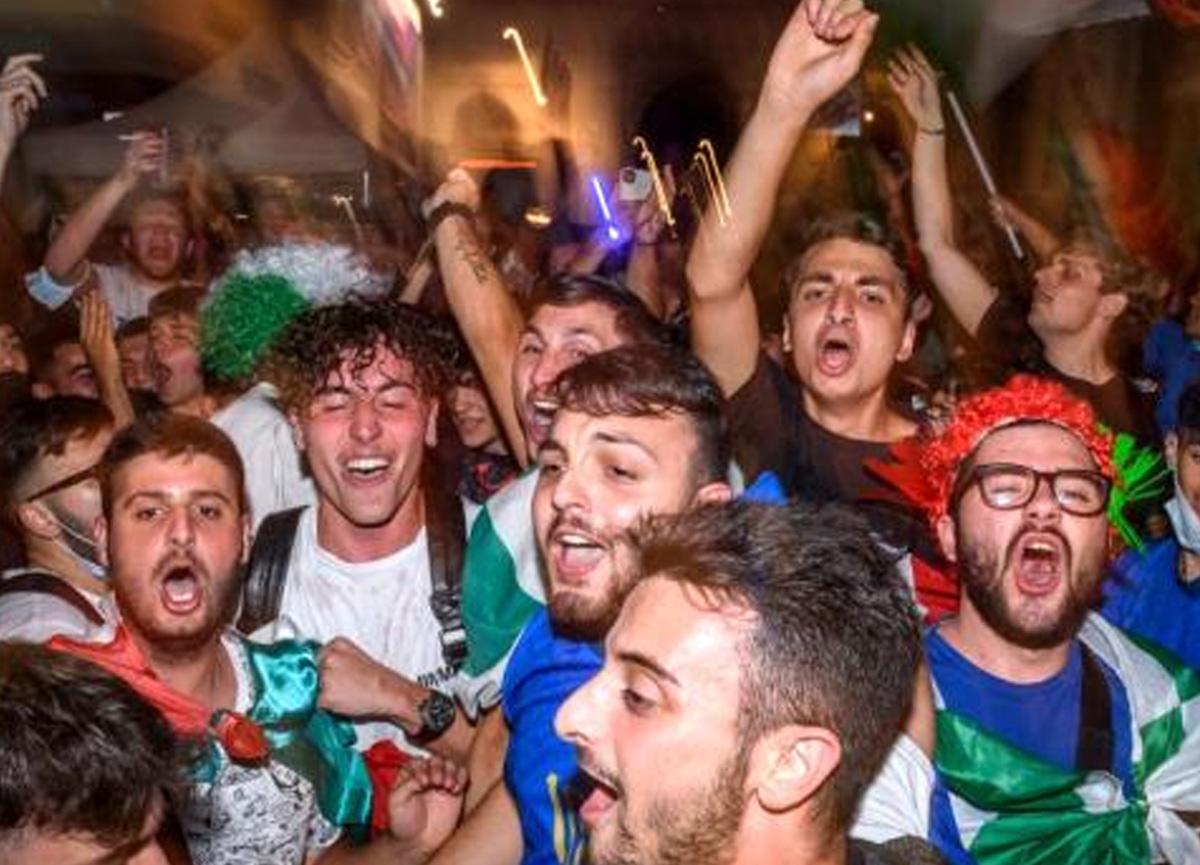 Uzmanlara göre Euro 2020, delta varyantını yayıyor