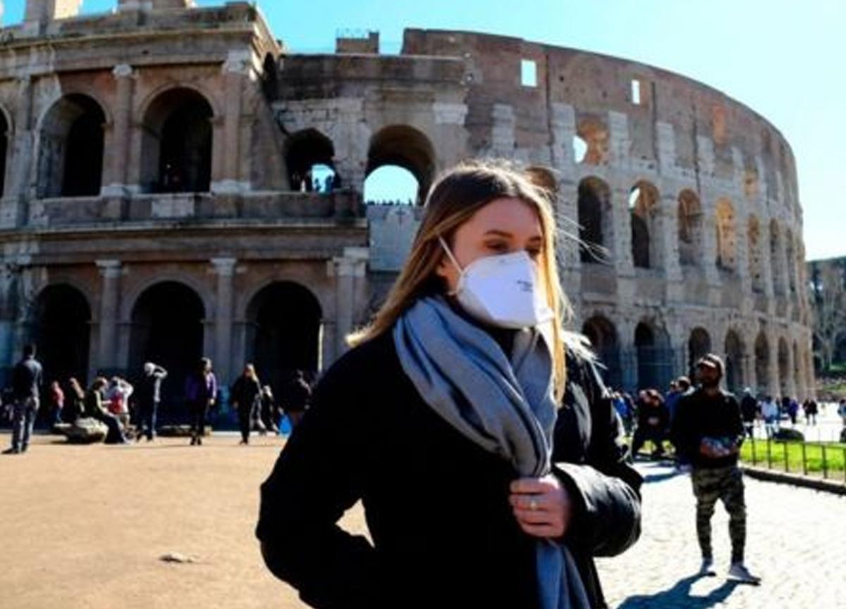 İtalya'da vaka sayısı binin altına indi!