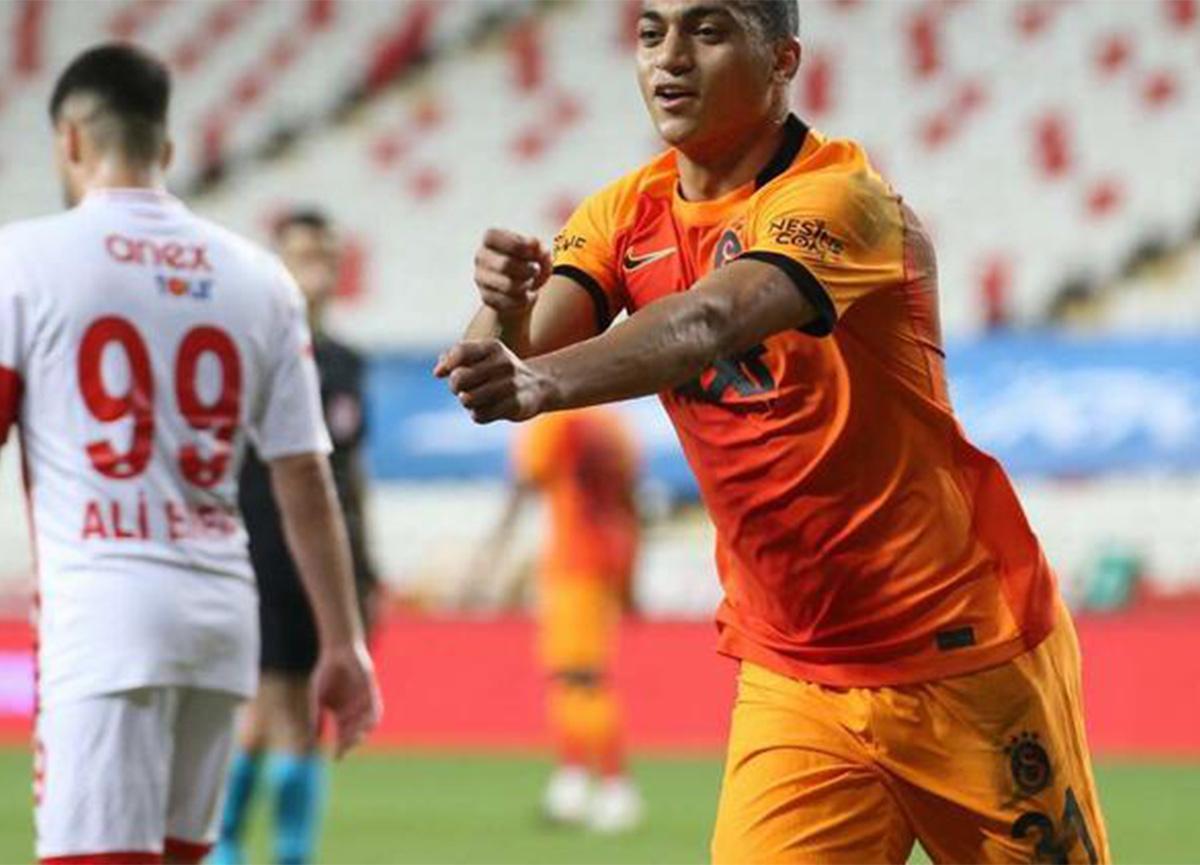 Galatasaray'a Mostafa Mohamed müjdesi! Sahaya indi