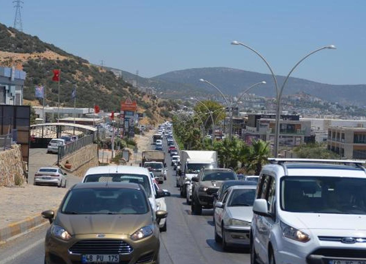 Bodrum'un nüfusu 3 katına çıktı