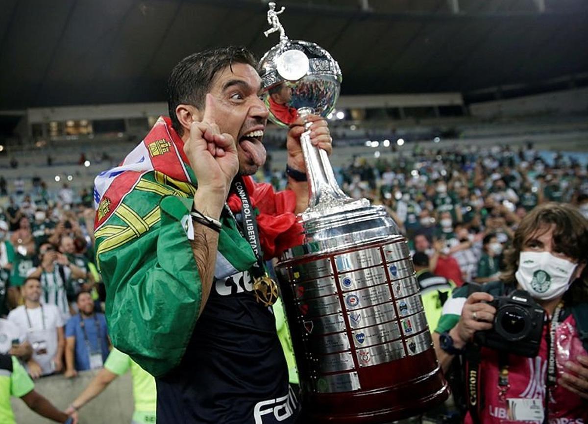 Abel Ferreira, Fenerbahçe'nin teklifini reddettiğini açıkladı