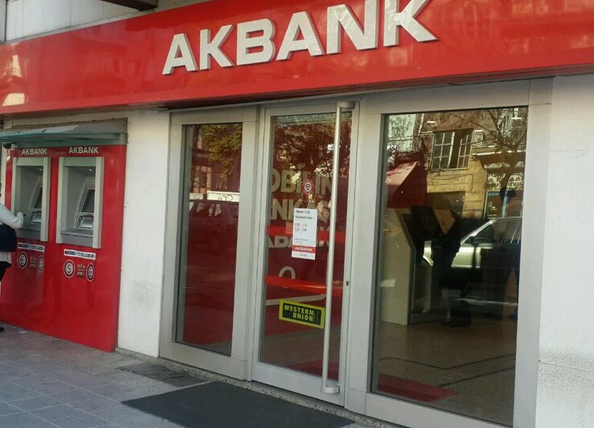 Akbank'tan yeni açıklama: Sistemleri kademeli olarak devreye alacağız