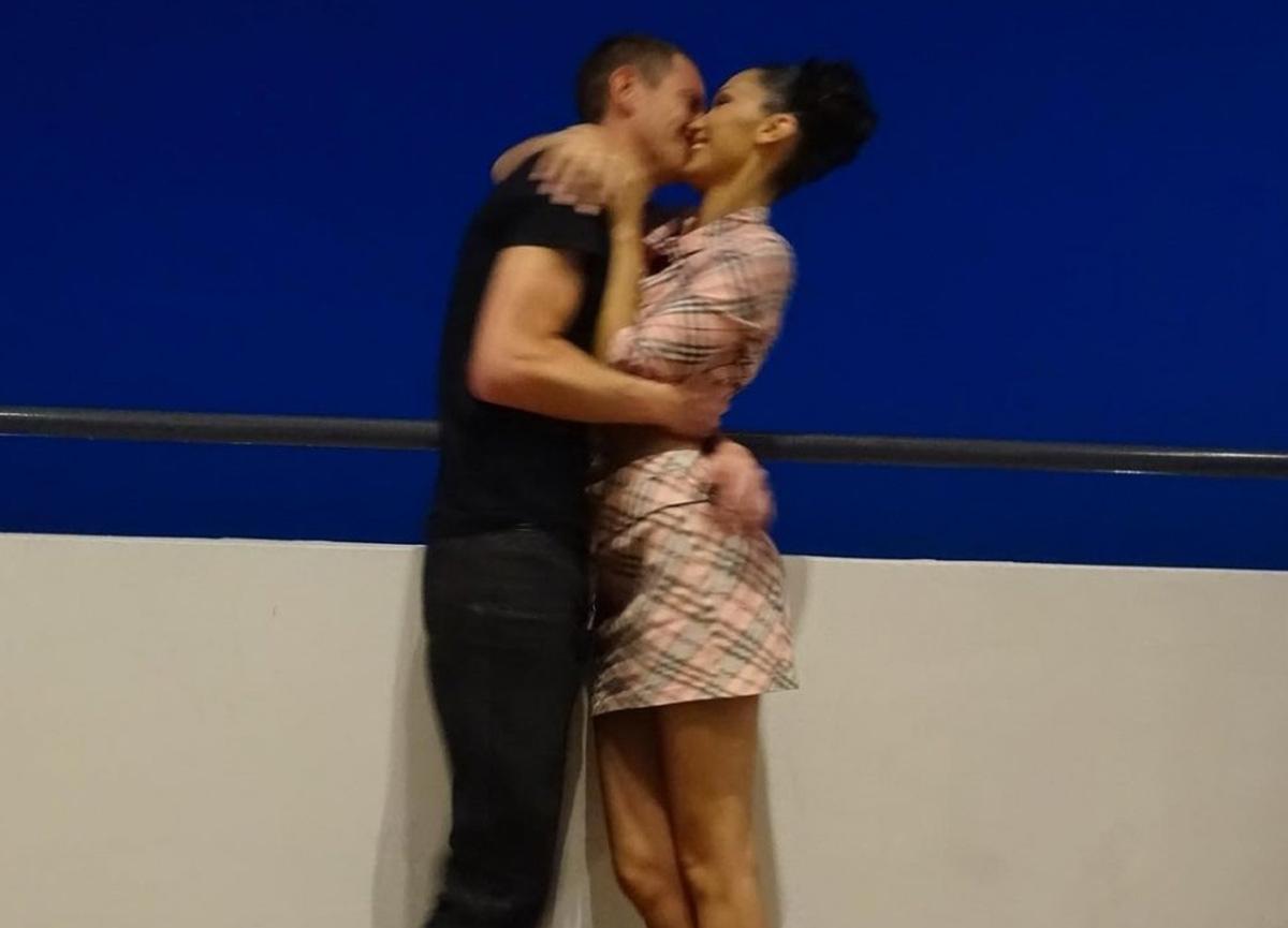 Bella Hadid, yeni aşkıyla olan fotoğrafını paylaştı