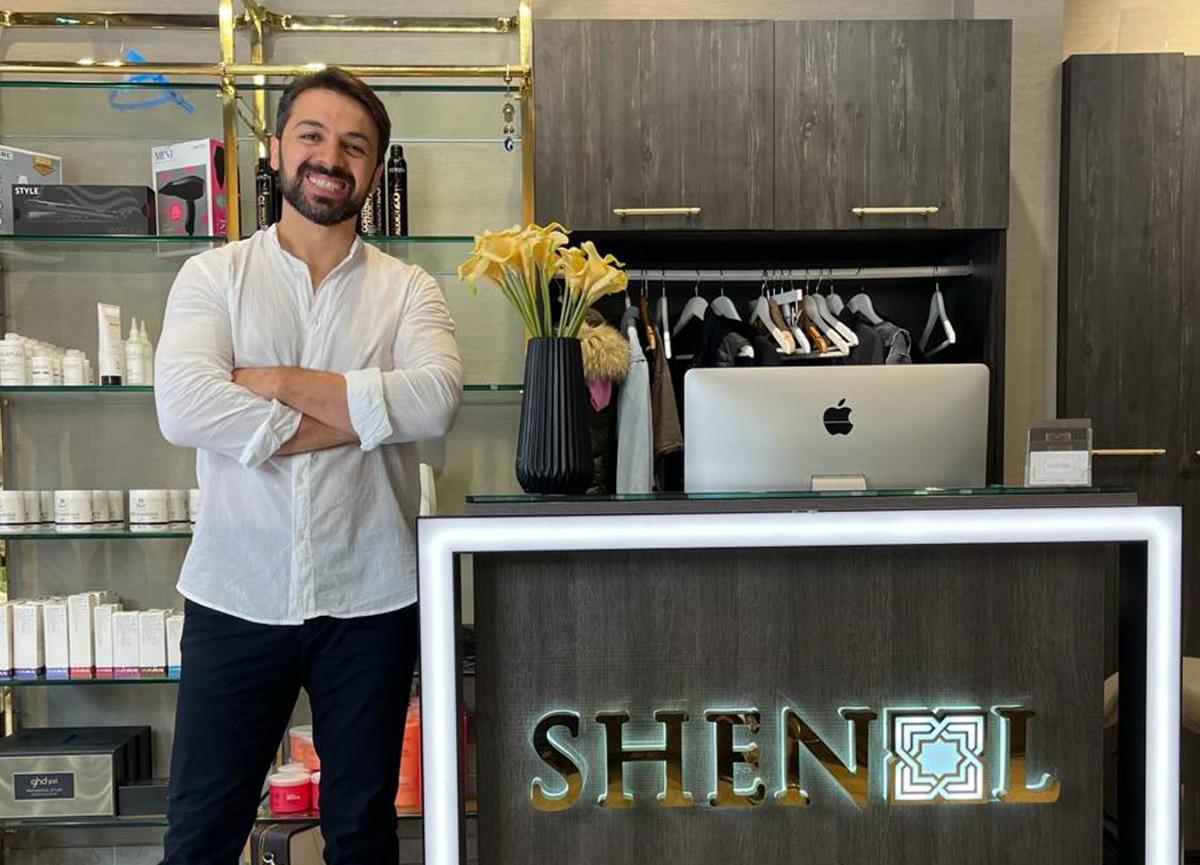 Shenol Hair'in saç tasarım kurucusu Şenol Mert ile bu yazın trend saç renkleri!