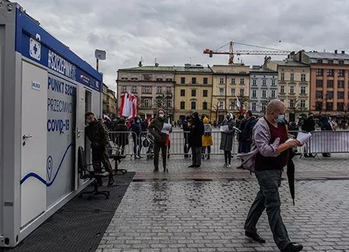 Polonya'dan flaş Türkiye kararı! Twitter'dan duyurdular