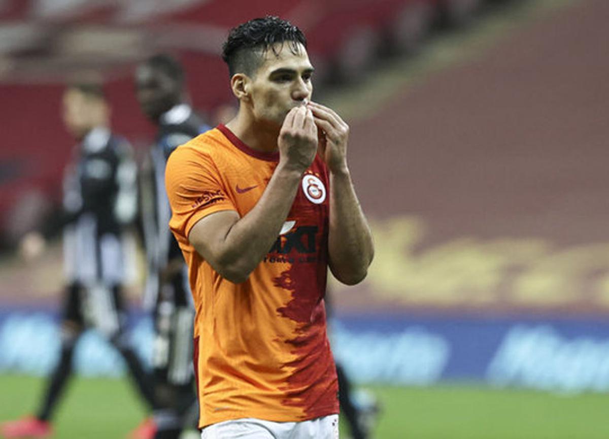 Galatasaray'da Falcao'ya talip var!