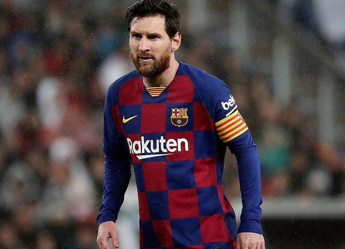 Messi, Barcelona'da kaldı! 5 yıllık anlaşma