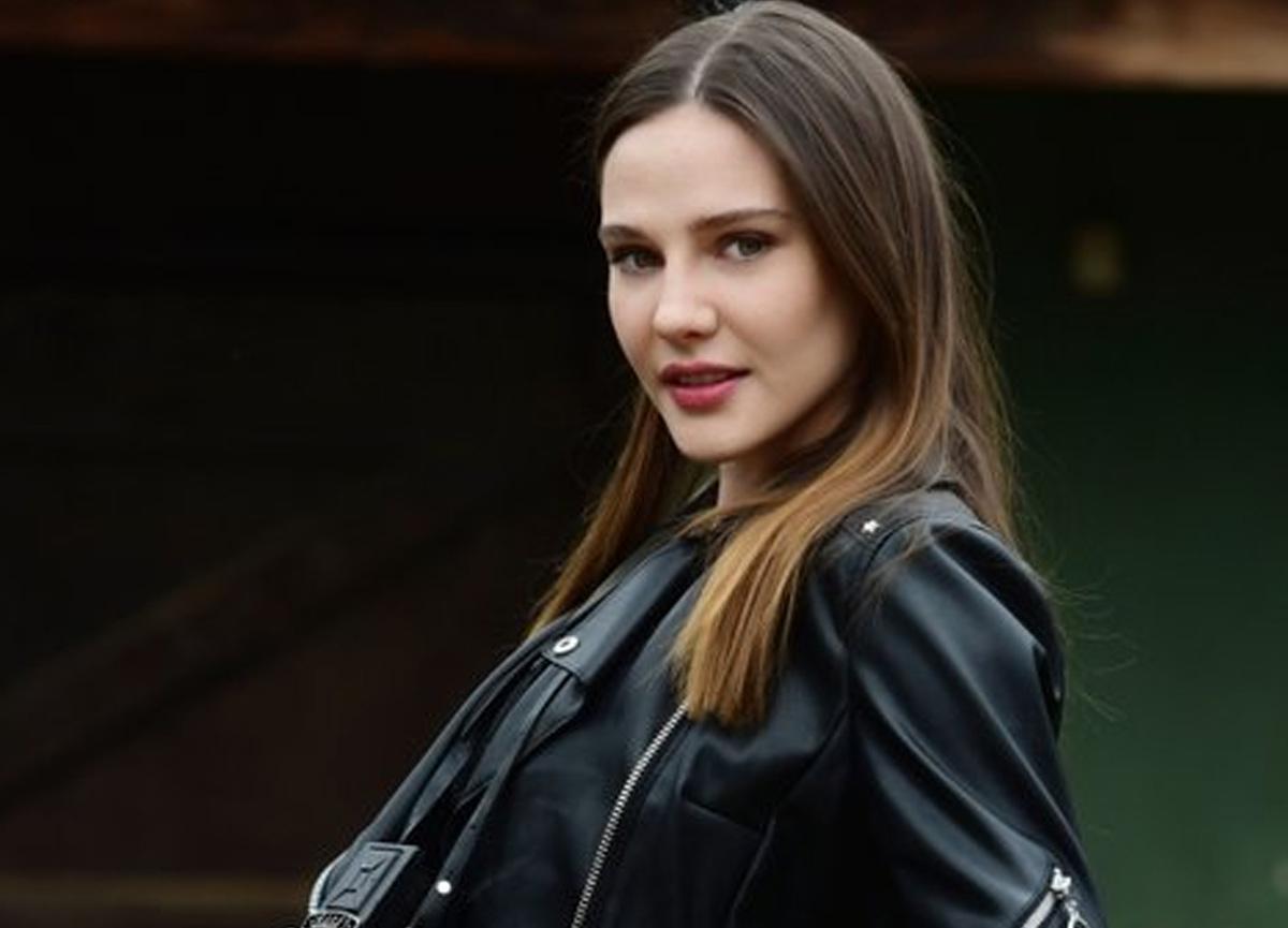 Ünlü oyuncu Alina Boz'un makyajsız hali sosyal medyayı salladı!